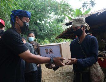 Jalankan Program Kerja, Kapolda Banten Sowan ke Sesepuh Adat Baduy Sambil Baksos