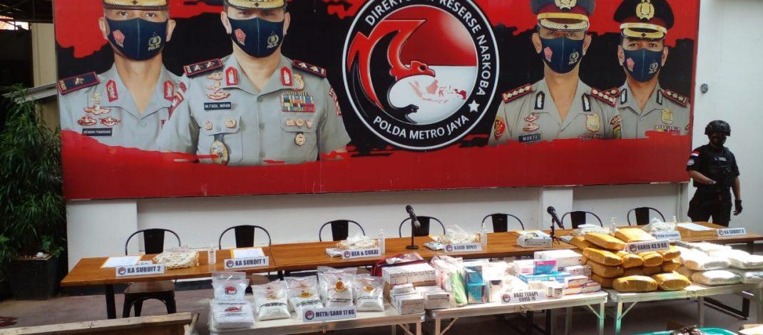 Polda Metro Jaya Tangkap Pengedar 43,9 Kg Ganja di Cikarang, Tangerang, dan Jakarta Pusa